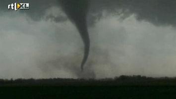 RTL Nieuws Spectaculaire beeld tornados VS