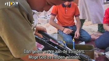 RTL Nieuws Kinderen maken wapens schoon voor rebellen