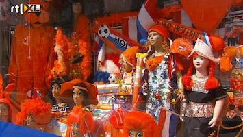 RTL Nieuws Wat wordt het oranjegadget van 2012?