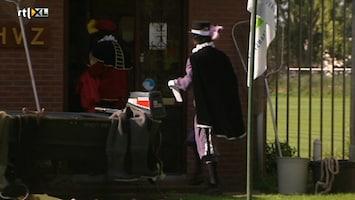 De Club Van Sinterklaas & De Speelgoeddief De Club Van Sinterklaas & De Speelgoeddief /28