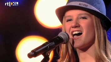 The Voice Kids Sing off Laura - I Will Always Love You