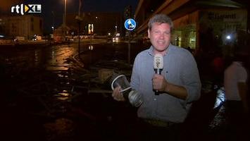 RTL Nieuws Weer nachtelijke veldslag op Taksimplein