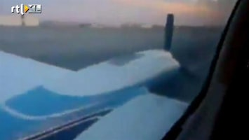 RTL Nieuws Passagier filmt buiklanding vliegtuig
