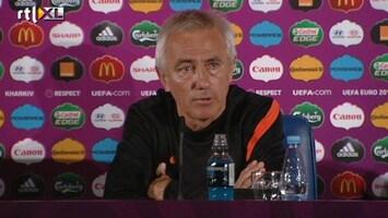 RTL Nieuws Van Marwijk vertrekt als bondscoach