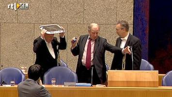 RTL Nieuws Lamp mist Schippers op een haar