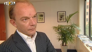 RTL Nieuws Wat betekent een dalende beurs voor de beleggingshypotheek?