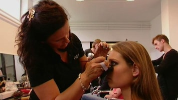 Benelux' Next Top Model - Naturel Met Foundation