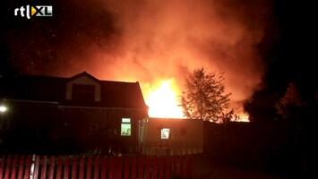 RTL Nieuws Asbest bij brand in Friese Bozum