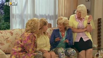 Golden Girls Els nodigt haar ex uit voor dochters bruiloft....