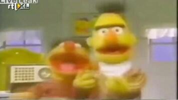 Editie NL Bert en Ernie rappen er op los
