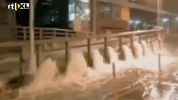 RTL Nieuws Rampgebied NY: Stormschade, brand, jetskiën op straat