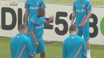 RTL Nieuws Nederlands elftal op trainingskamp