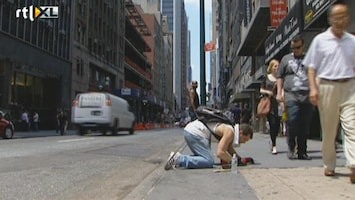RTL Nieuws Goud ligt op straat in NYC