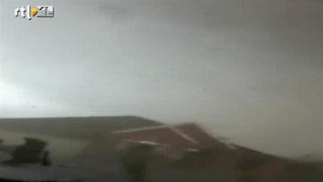 Editie NL Midden in de tornado