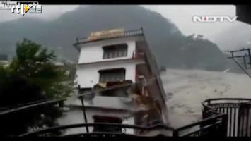 RTL Nieuws Hotel stort in paarseconden in kolkende rivier