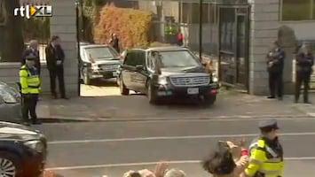 RTL Nieuws Obama's limo met harde klap vast