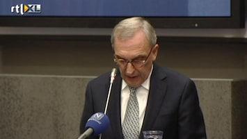 RTL Nieuws Van corruptie verdachte wethouder buigt het hoofd