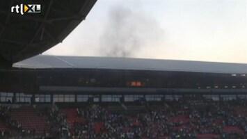 RTL Nieuws Video: Brand legt wedstrijd AZ-stadion stil