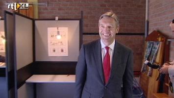 RTL Nieuws Sybrand Buma stemt in Voorburg