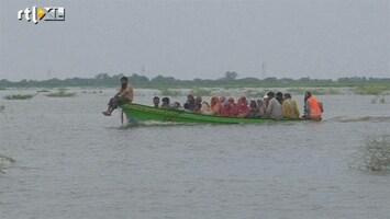 RTL Nieuws Honderdduizenden Pakistanen op de vlucht