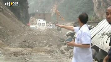 RTL Nieuws Paniek bij aardverschuivingen China