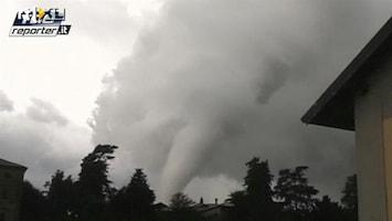 RTL Nieuws Enorme ravage na zeldzame tornado in Milaan