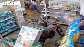 RTL Nieuws Puinhoop: Supermarkt beeft uit zijn schappen