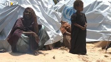 RTL Nieuws Knapen bezoekt vluchtelingen Mogadishu