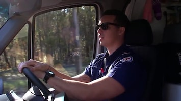 Ambulance Down Under - Afl. 6