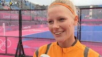 RTL Nieuws Hockeydames blij met eerste overwinning