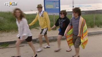 RTL Nieuws Zeevlam zorgt voor teleurstelling op het strand