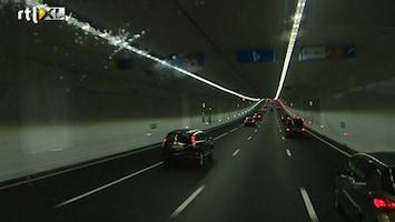 RTL Nieuws Inhaalverbod in gevaarlijke Coentunnel