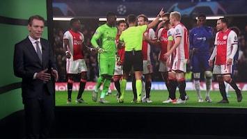 ajax chelsea voetbal scheidsrechter dwaling reglement