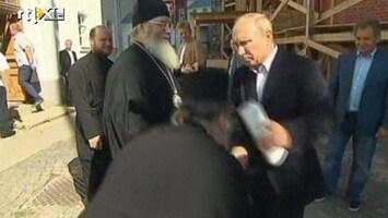 RTL Nieuws Poetin vindt kus van orthodoxe priester maar vies