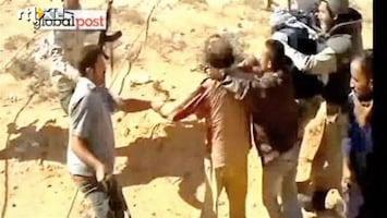 RTL Nieuws Beelden arrestatie Khadaffi (schokkend)