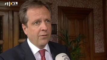 RTL Nieuws Oppositie: Verhaal Samsom niet te rijmen met bezuinigingen