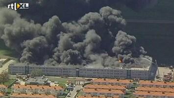 RTL Nieuws Grote brand in Pools warenhuis
