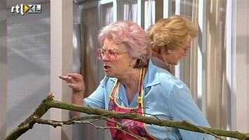 Golden Girls Toos spreekt een vloek uit over de buurman