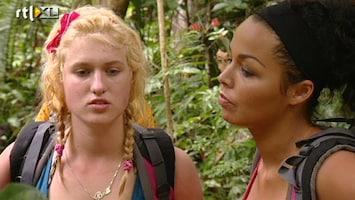Echte Meisjes In De Jungle - De Paden Op, De Jungle In!