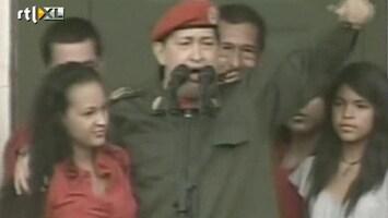 RTL Nieuws Chávez spreekt menigte toe