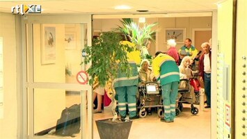RTL Nieuws Zwaargewonde bij brand in Schiedam
