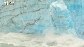 RTL Nieuws Spectaculair beeld afkalvende gletsjer