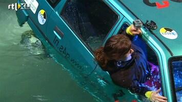 RTL Nieuws Nieuw systeem: autoruit verbrijzelt in water