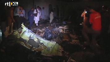 RTL Nieuws Vliegtuig stort neer in Pakistan