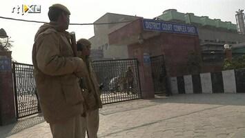 RTL Nieuws Chaotisch begin proces verkrachters India