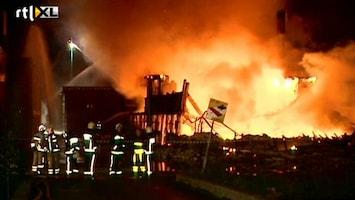 RTL Nieuws Grote brand in meubelhal Waddinxveen