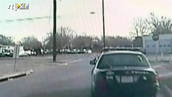 RTL Nieuws Geboeide verdachte ontsnapt in politie-auto