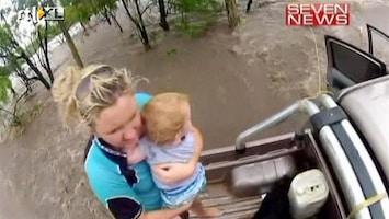 RTL Nieuws Spectaculaire redding van baby in Australië