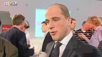 RTL Nieuws Samsom legt leden uit dat koers juist is