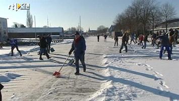 RTL Nieuws Friezen massaal aan het sneeuwschuiven